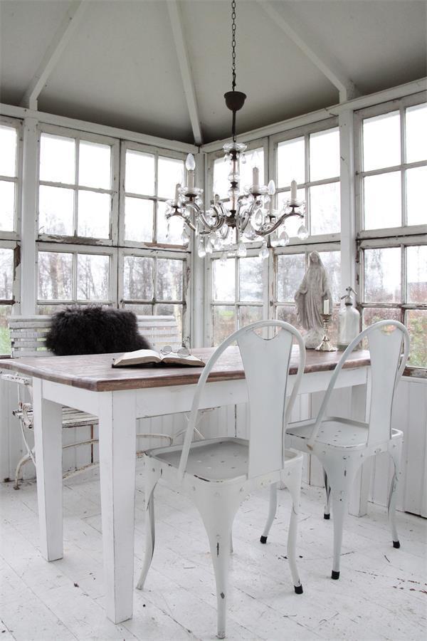 m bel jeanne d 39 arc living atelier roosarot. Black Bedroom Furniture Sets. Home Design Ideas